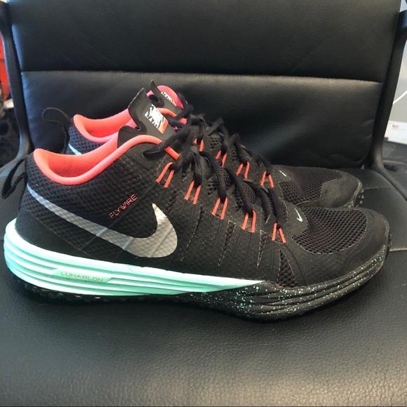 save off ecd2f 7d58e Nike lunar TR1 NRG yeezy colors. M 5b0c8f1f9a9455ac10d3e281